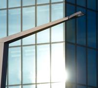 Beleuchtungsmaste auf der Brücke: Das moderne Design der Firma Boesch Architekten überzeugt