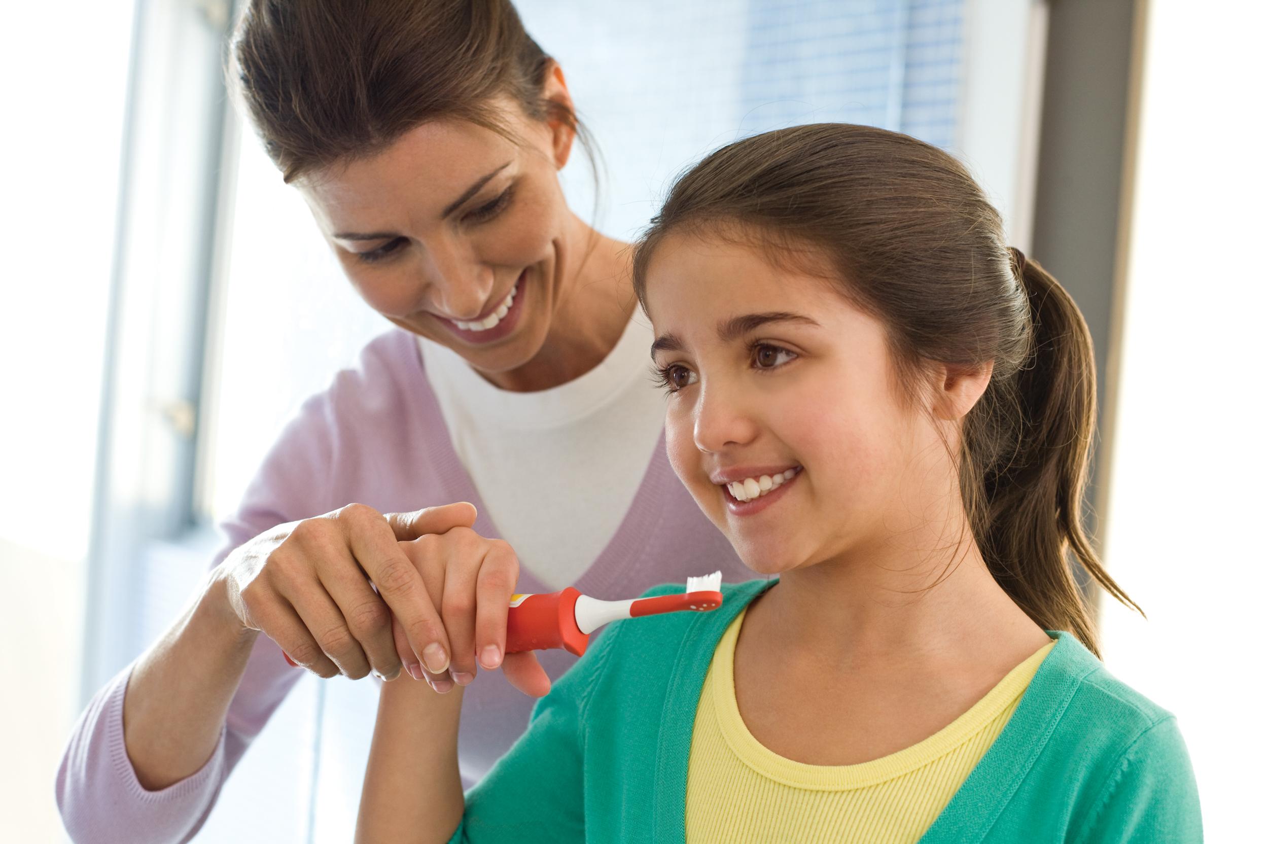 """Kinderleicht – die erste schallzahnbürste für kinder """"sonicare"""